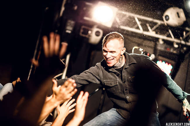 Converge performing at Зал Ожидания, Saint-Petersburg (16.09.2015)