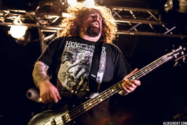 Napalm Death performing at Зал Ожидания, Saint-Petersburg (7.10.2015)