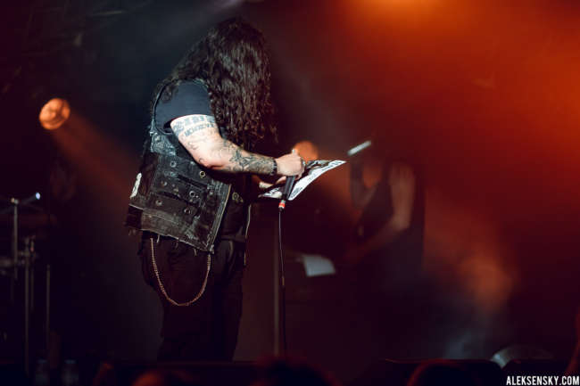 Kataklysm performing at Зал Ожидания, Saint-Petersburg (12.06.2016)