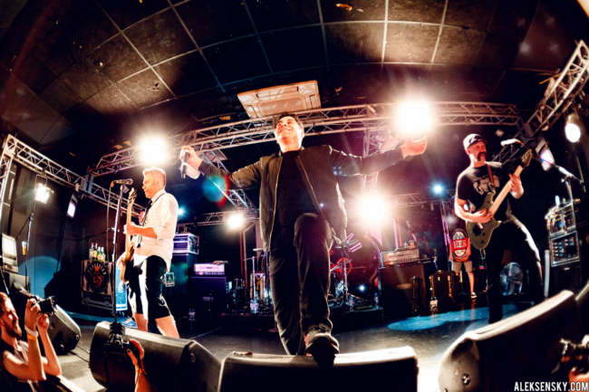 Zebrahead performing at Зал Ожидания, Saint-Petersburg (17.08.2016)
